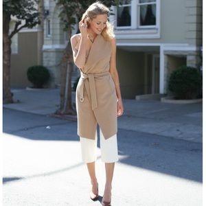 🌻 WHBM Sleeveless Wrap Coat Camel Color